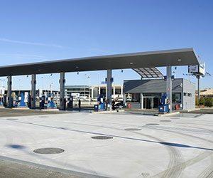 レギュラー-ハイオク-違い-ガソリン-ディーゼル-給油-間違え-ガソリンスタンド画像
