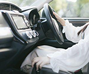 AT車-オートマ車-エンスト-原因-対処法-信号待ち-エンストしそうになる-画像
