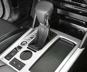 車-ミッション-故障-症状-オートマオイル-漏れ-交換時期-ATギア画像