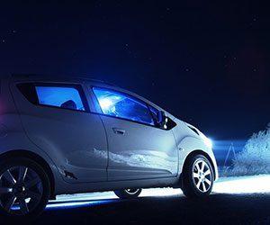 車-ライト-交換-時間-費用-寿命-ヘッドライト-内側-黄ばみ-原因-点灯画像