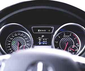 車-タコメーター-動かない-原因-表示-見方-故障-症状-メーター画像