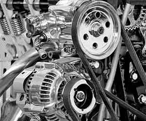 車が加速しない-鈍い-原因-アクセルを踏んでもスピードが出ない-ガタガタ-ガクガク-振動-異音-症状-エンジン画像