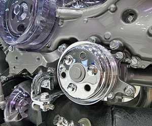 エンジンマウント-交換-効果-振動-異音-交換時期-劣化-エンジンルーム-画像