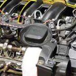 車のオイル漏れ・水漏れの原因は?症状と場所(エアコン・運転席・助手席・後部座席・エンジンルームの下)を紹介!