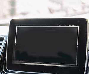 車-バックカメラ-映らない-原因-モニター-曇り-ぼやける-カメラカバー-画面-画像