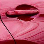 車のドアをぶつけた時の対応!傷の塗装の修理代や保険などについて解説!