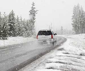 車-下回り-錆止め-洗浄-塗装-コーティング-費用-目安-雪-画像
