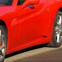 車-サイドステップ-外れた-傷-へこみ-修理-交換-スポーツカー-画像