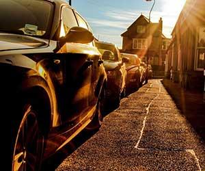 車-サンシェード-フロント-サイド-吸盤-収納-駐車画像