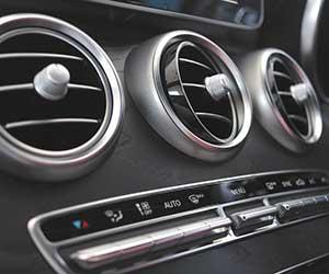 車-エアコン-臭いを取る方法-酸っぱい-臭い-原因-画像