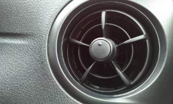 車内-花粉-対策-エアコンフィルター-交換-画像