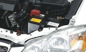 バッテリー交換後-不具合-アイドリングストップ-車-エンスト-かからない-バッテリー-画像