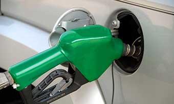 車-給油口-左右の違い-見分け方-左が多い-理由-ガソリンスタンド-画像