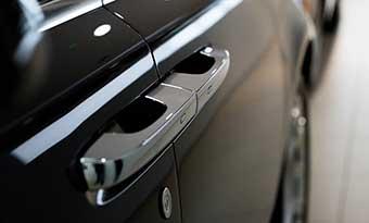 車-ドアガード-ドアモール-おすすめ-透明-黒-白-画像