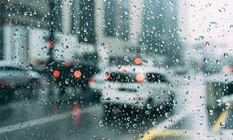 車-ガラス-油膜取り-方法-撥水コーティング-おすすめ-画像