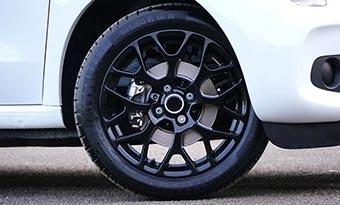 車-空気入れ-電動-エアコンプレッサー-おすすめ-画像